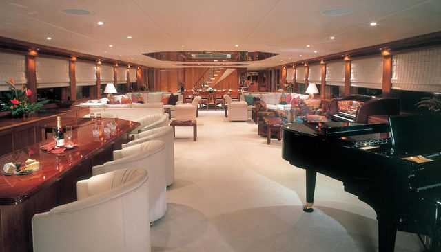 Nova Spirit Charter Yacht - 2
