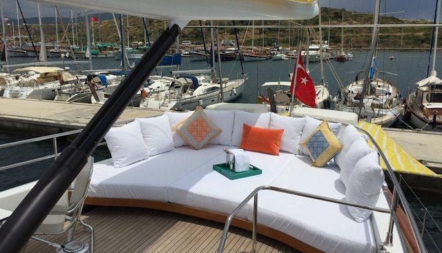 Glorious II Charter Yacht - 4