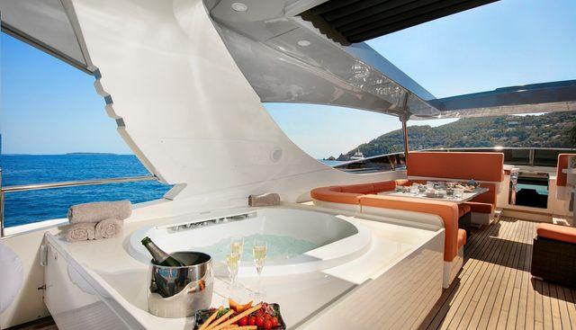 Y42 Charter Yacht - 3
