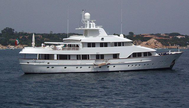 Sheergold Charter Yacht