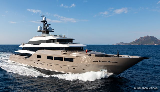 Solo Charter Yacht