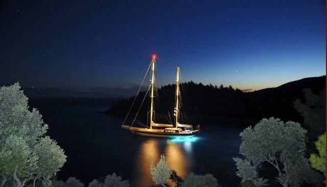 Vivien Charter Yacht - 5