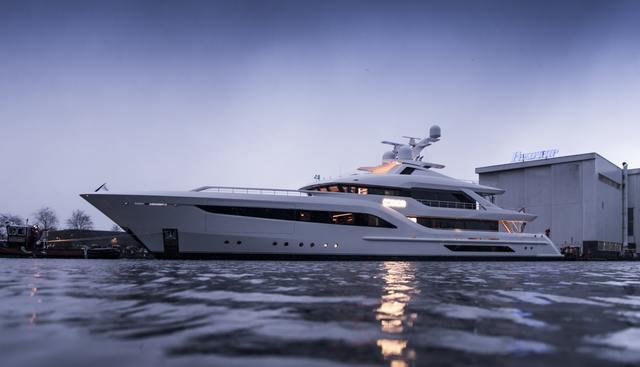 Somnium Charter Yacht