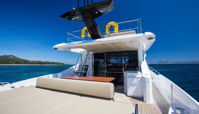 Toffee Crisp Charter Yacht - 3