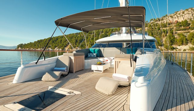 San LiMi Charter Yacht - 2