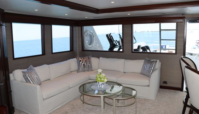 Too Shallow Charter Yacht - 6