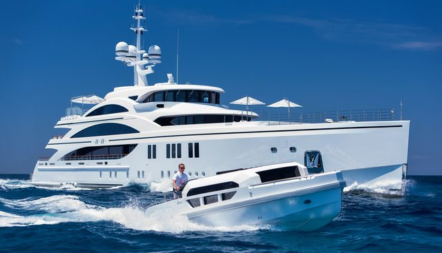11/11 Charter Yacht