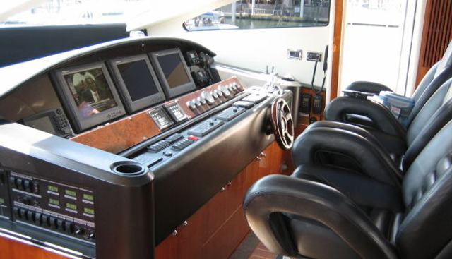Three Dog Night Charter Yacht - 4