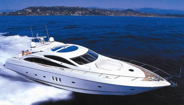 Easy Charter Yacht