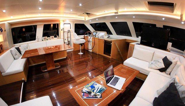 Zelda Charter Yacht - 6
