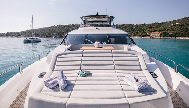 Mowana Charter Yacht - 2