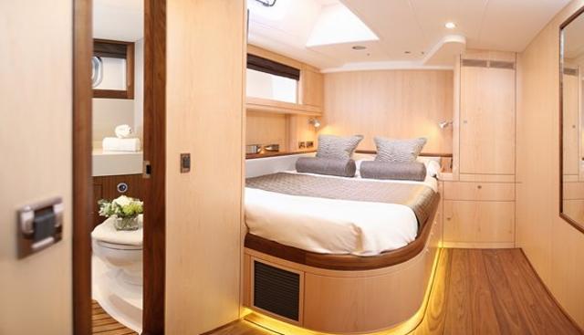 Raven Charter Yacht - 7