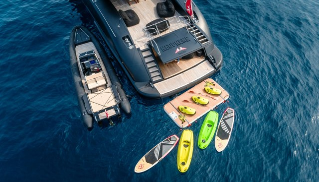 Neoprene Charter Yacht - 5