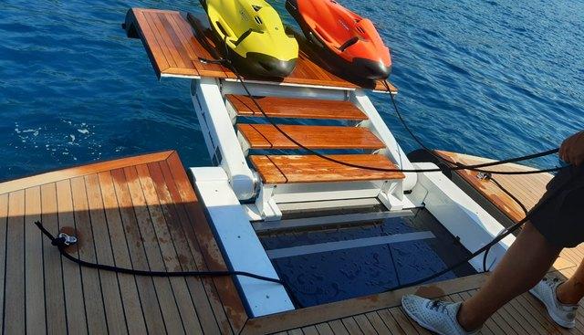 Black Magic Charter Yacht - 3