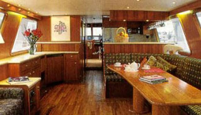 Sumdum Charter Yacht - 4