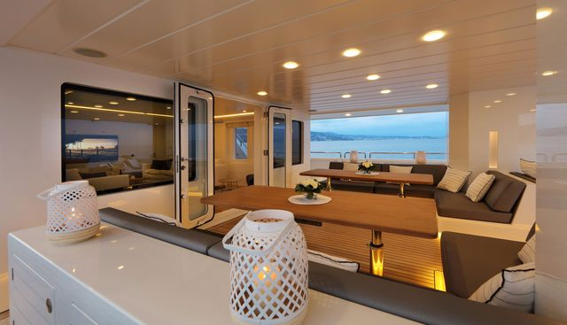 Siempre Charter Yacht - 7