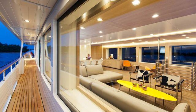 Robbie Bobby Charter Yacht - 4