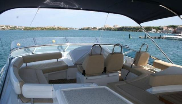Squadron 78 Charter Yacht - 3