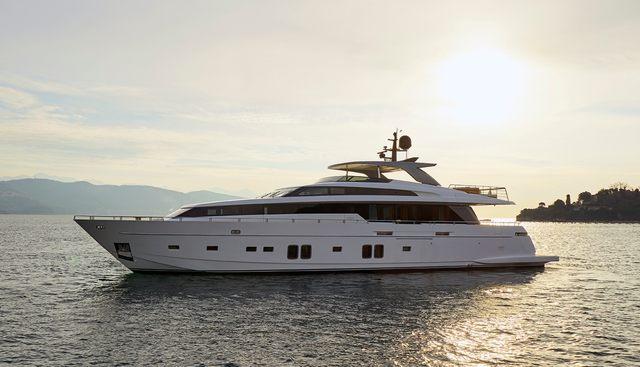 GI 1 Charter Yacht