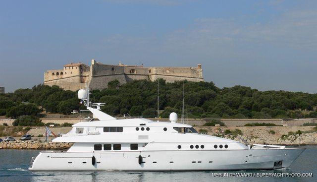 Caroline Sea II Charter Yacht