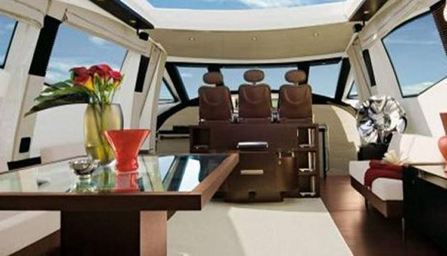 The Flash Charter Yacht - 4