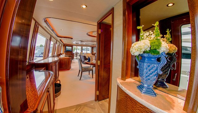 Lady JJ Charter Yacht - 8