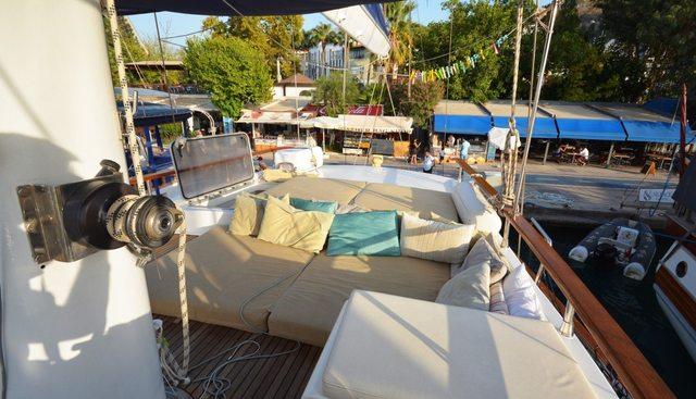 Eloa Charter Yacht - 4