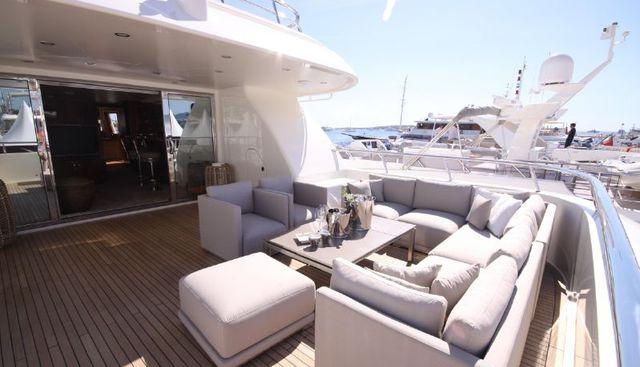 Seal Charter Yacht - 2