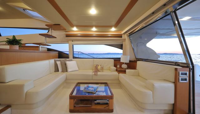 Dominique Charter Yacht - 8