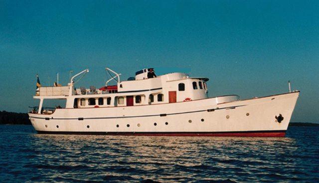 La Bimba Charter Yacht
