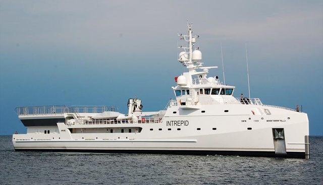 Intrepid Charter Yacht - 4