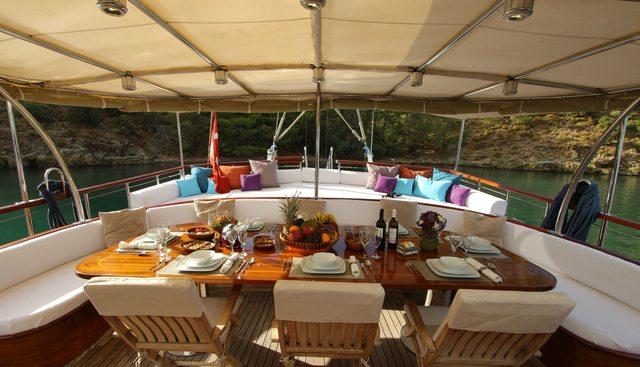 Dear Lila Charter Yacht - 5