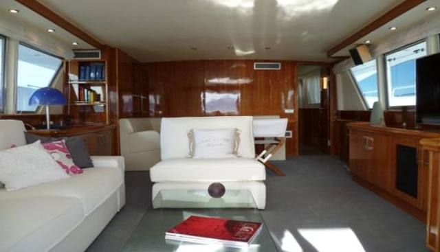 Dune Charter Yacht - 7