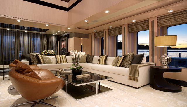 Quantum of Solace Charter Yacht - 8