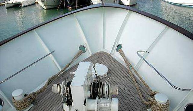 Moon Phase Charter Yacht - 4