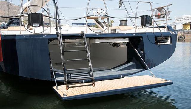 Wolfhound Charter Yacht - 4