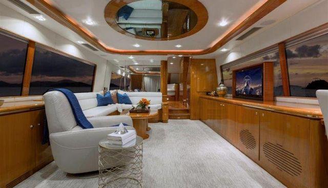 Lady Bull Charter Yacht - 6