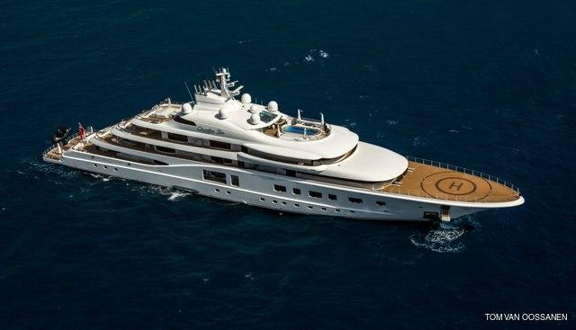 Quantum Blue Charter Yacht