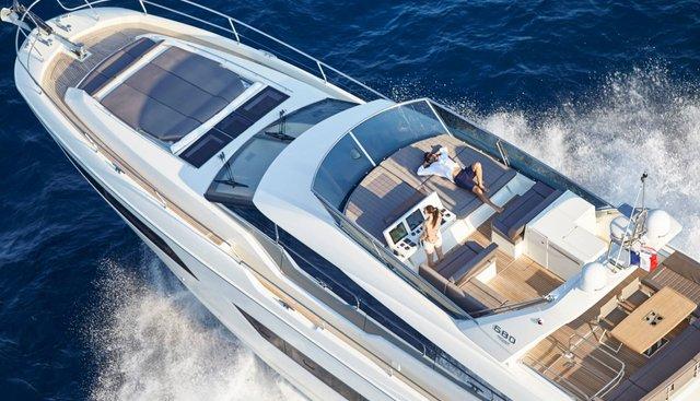 Moet Charter Yacht - 2