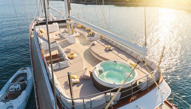 Lady Gita Charter Yacht - 4