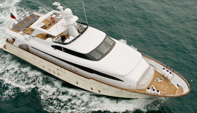 Maca Charter Yacht - 3