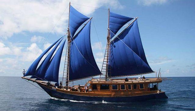 Phinisi Schooner 26 m Charter Yacht