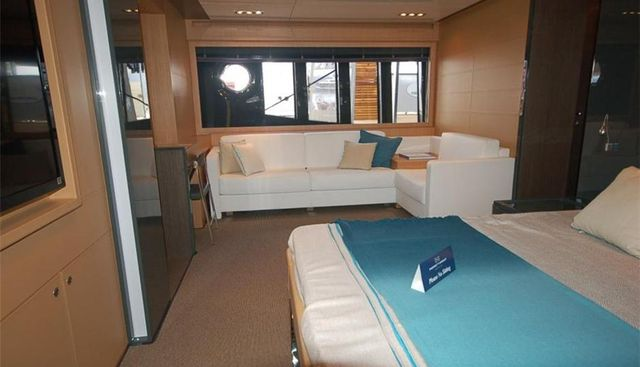 Excellence IV Charter Yacht - 4