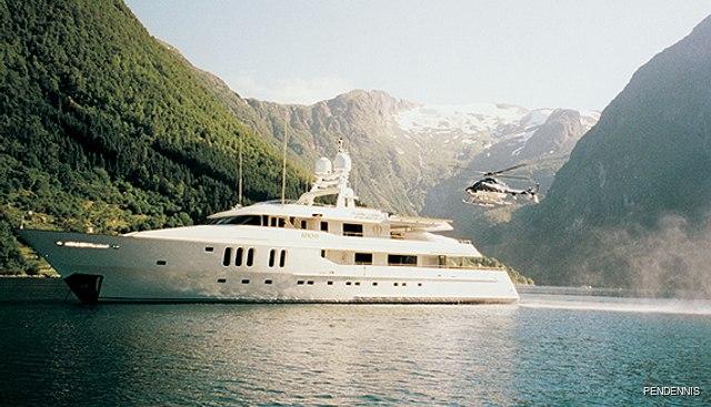 Moatize Charter Yacht