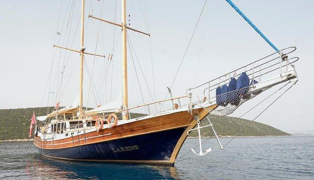 La Reine Charter Yacht - 5