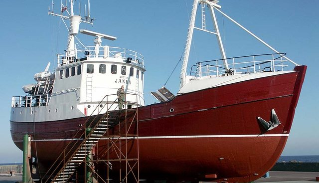 Arctic Janus Charter Yacht - 4