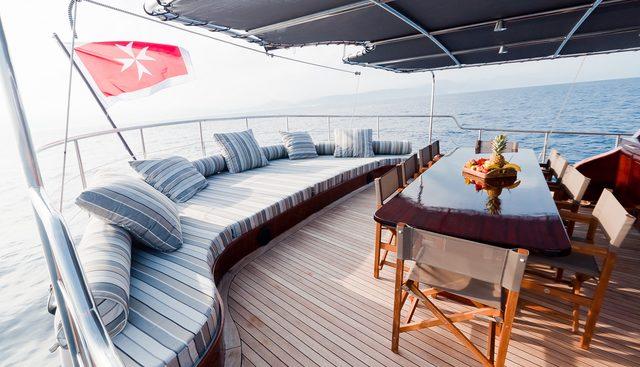 Vita Dolce Charter Yacht - 3