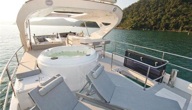 Lucila III Charter Yacht - 3