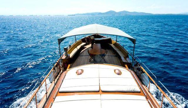 Amanda Charter Yacht - 2