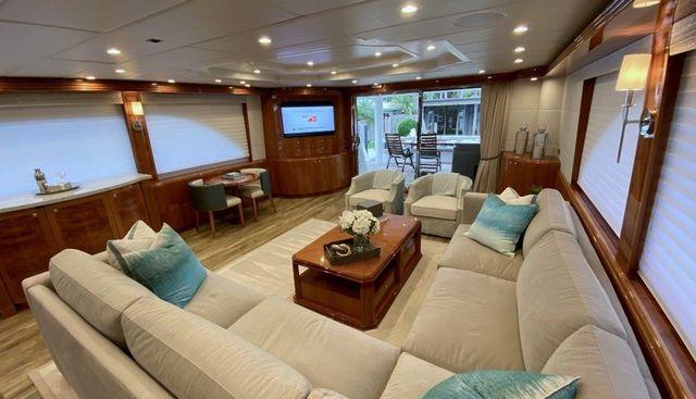 Brandi Wine Charter Yacht - 8